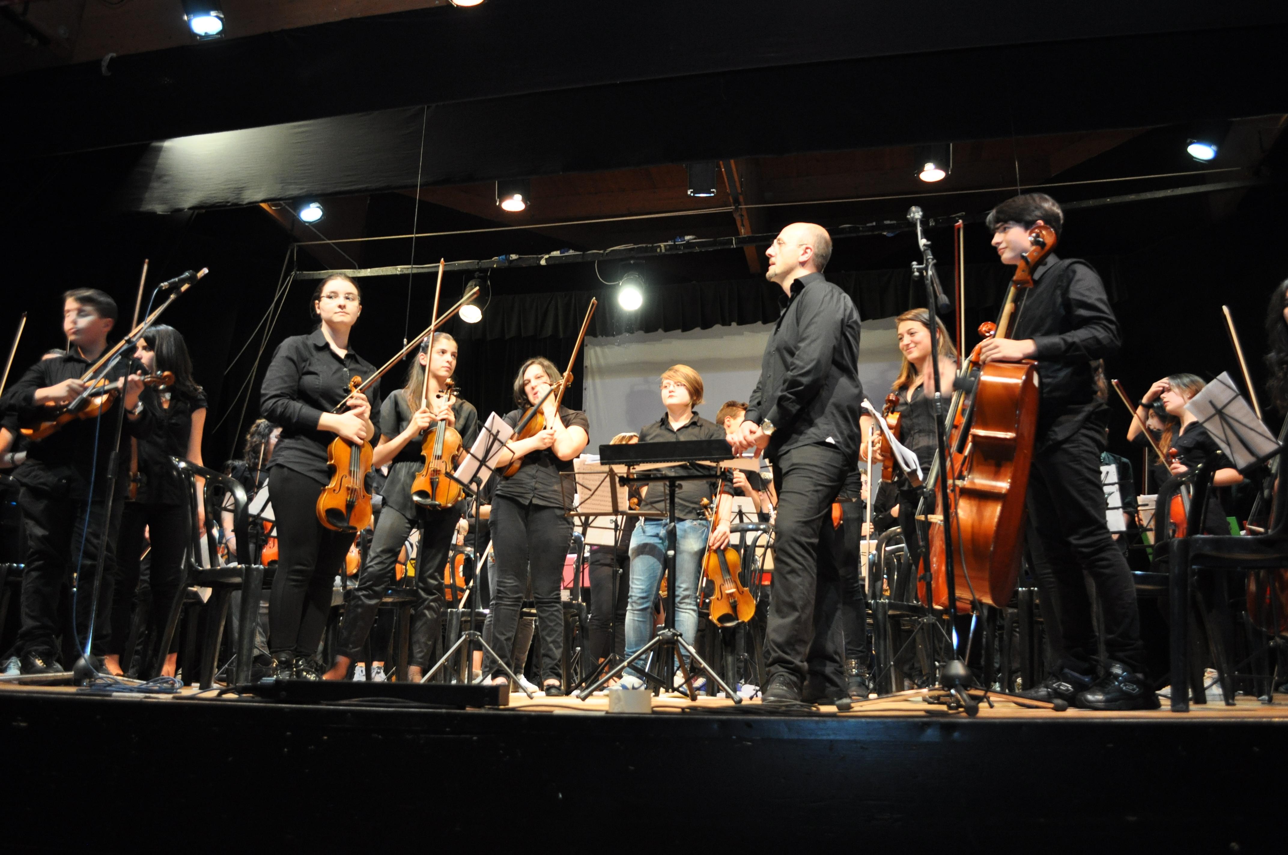 Orchestra Monterisi al Centro Sociale di Salerno